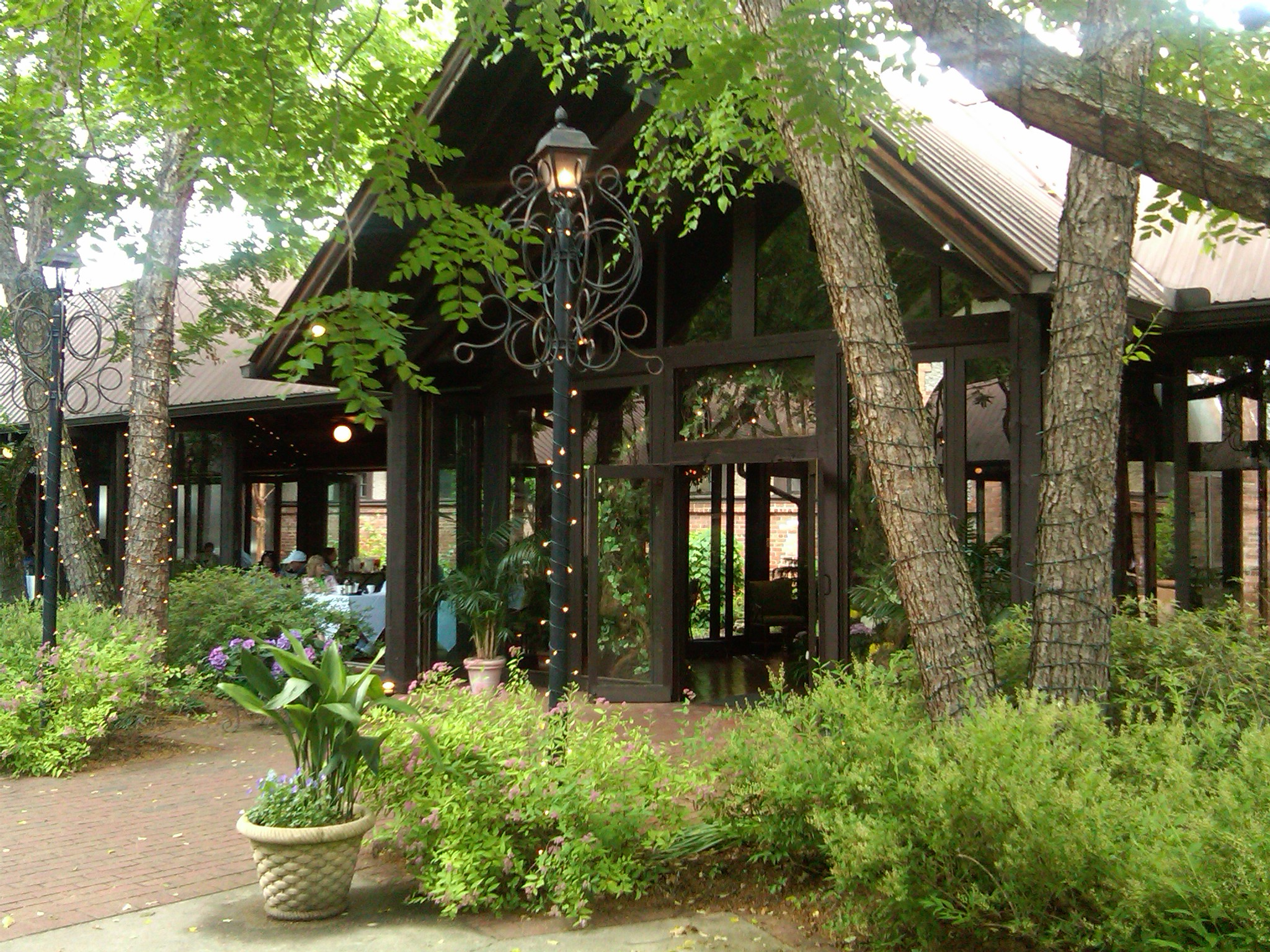 The deerpark restaurant biltmore estate writingfeemail for Is biltmore estate haunted