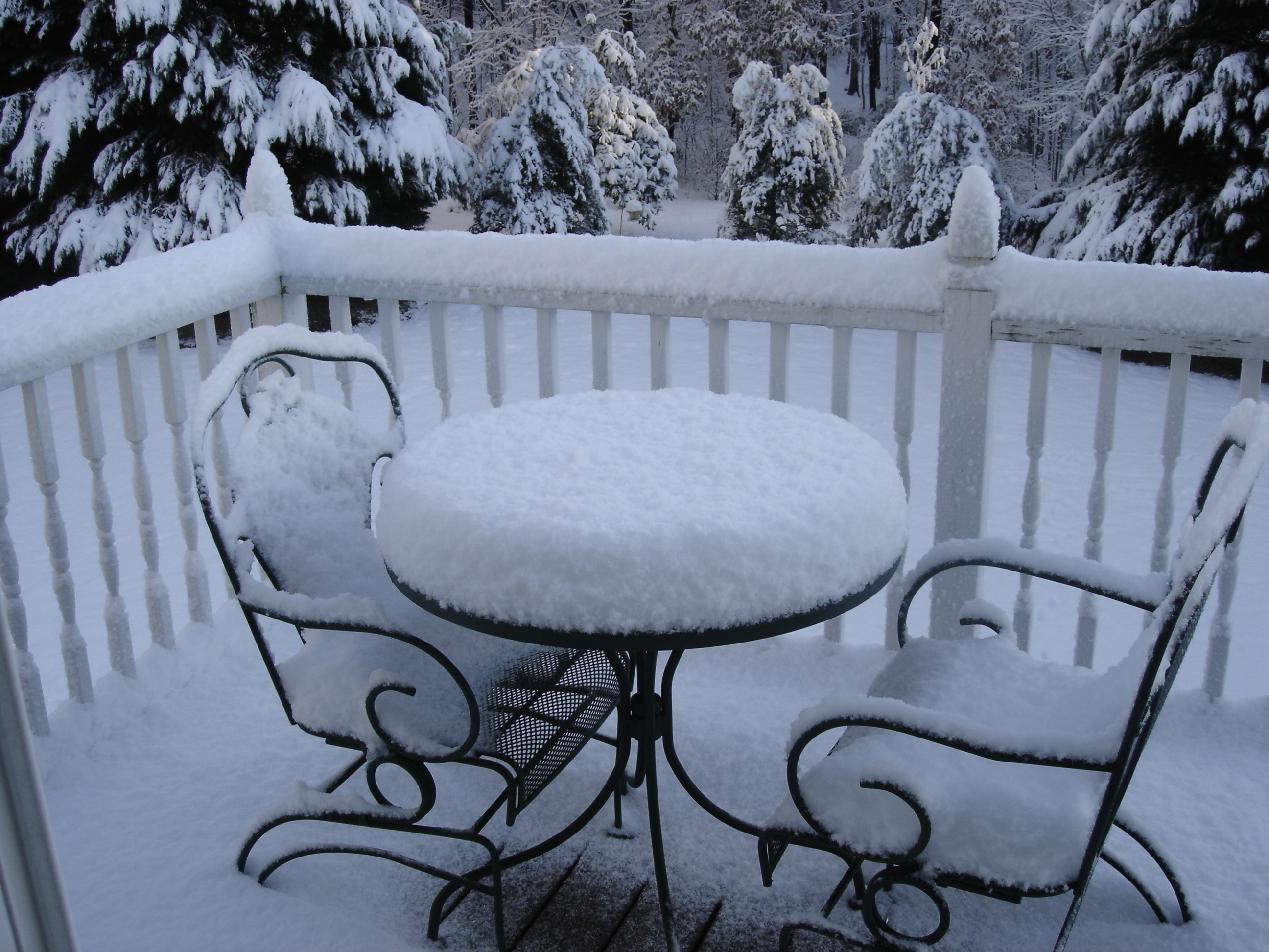 Winter wonderland writingfeemail 39 s blog for Another word for balcony