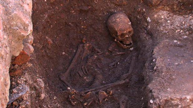 richard iii skeleton