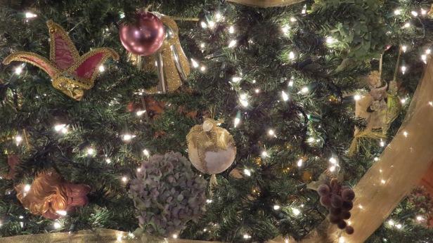 Christmas 2013 tree ornaments hydrangea