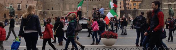 Rome flatbed protest
